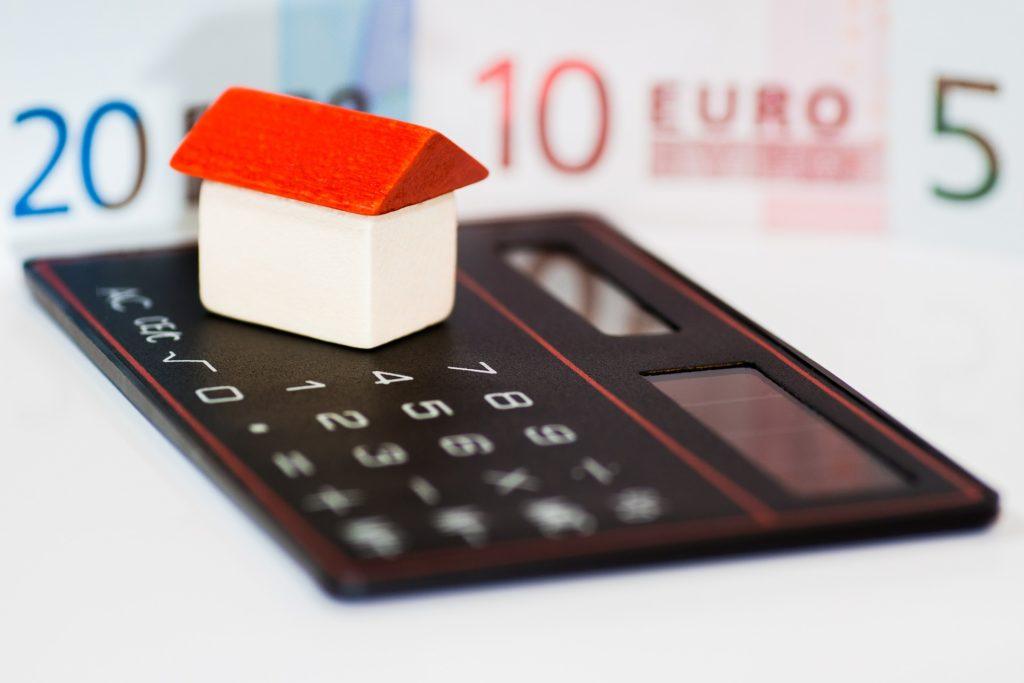 Taschenrechner Geld Haus
